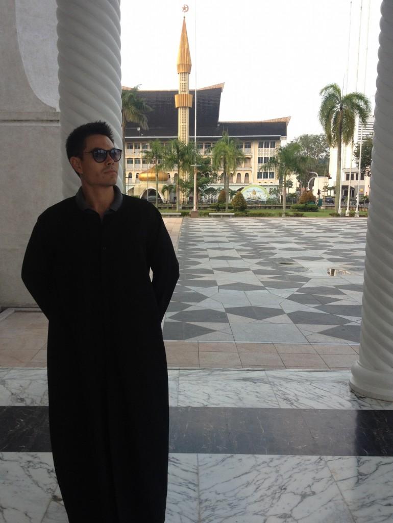 Sultan-Omar-Ali-Saifuddin-Mosque-matrix