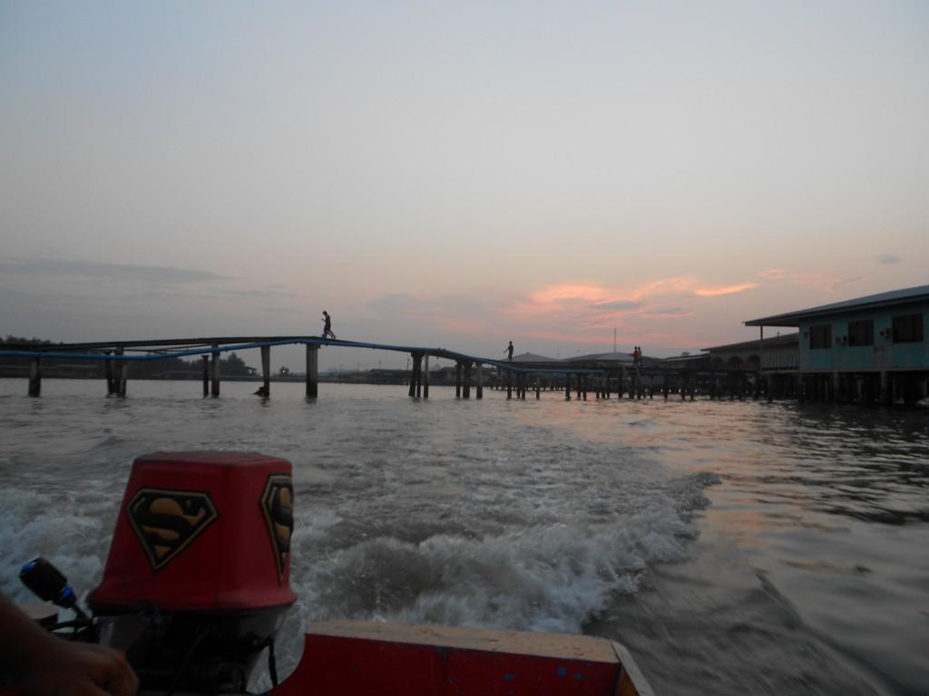 water-village-tour