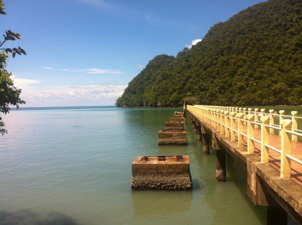 Docking at Pulau Dayang Bunting
