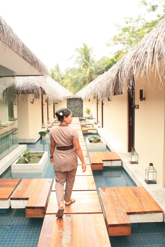The Veli Spa provides the ultimate relaxation many seek in the Maldives.
