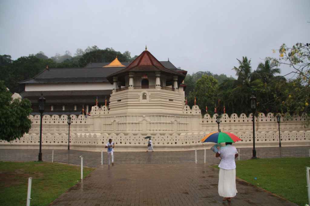 The Temple of the Tooth Relic in all its restored glory!