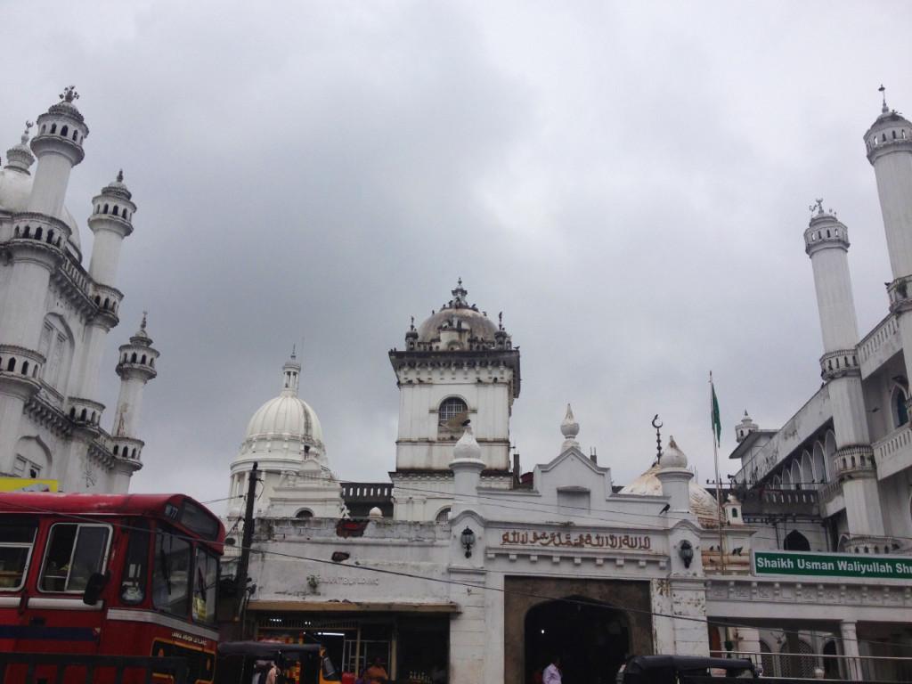 Shaikh Usman Waliyullah Shrine, a landmark Mulsim mosque of Colombo.