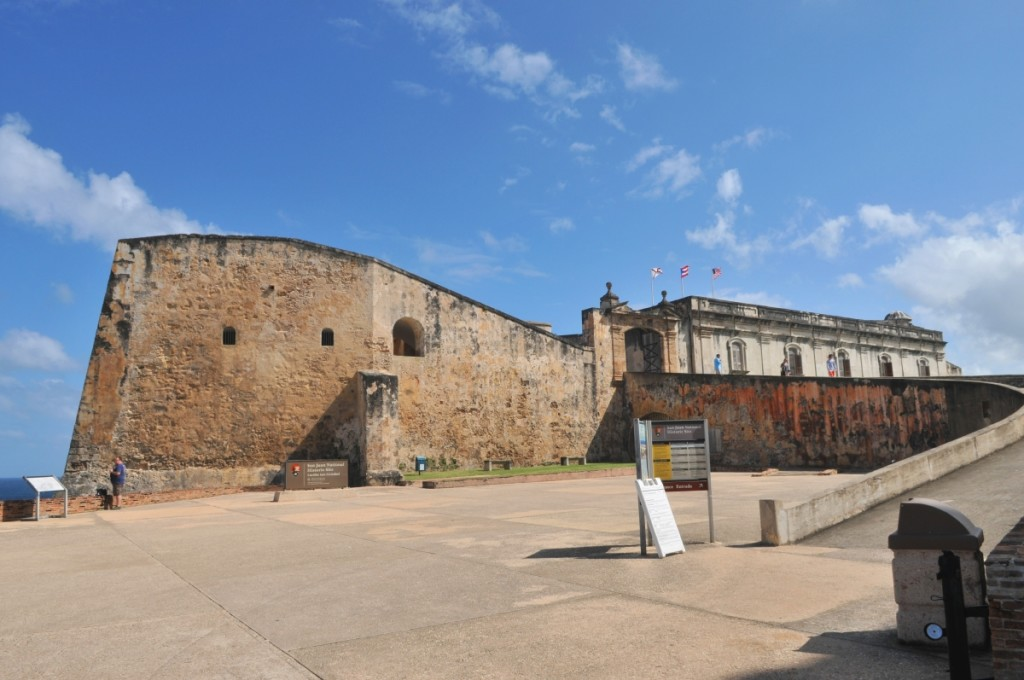 Entrance to the San Cristobal.