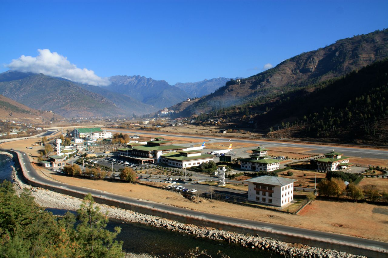 Paro Bhutan  city photos gallery : ... in Paro to Thimphu to Wangdue Bhutan Full resolution 1280 × 853